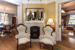 Bed and Breakfast Parlor