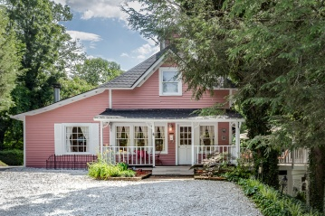 Cedar Crest Cottage